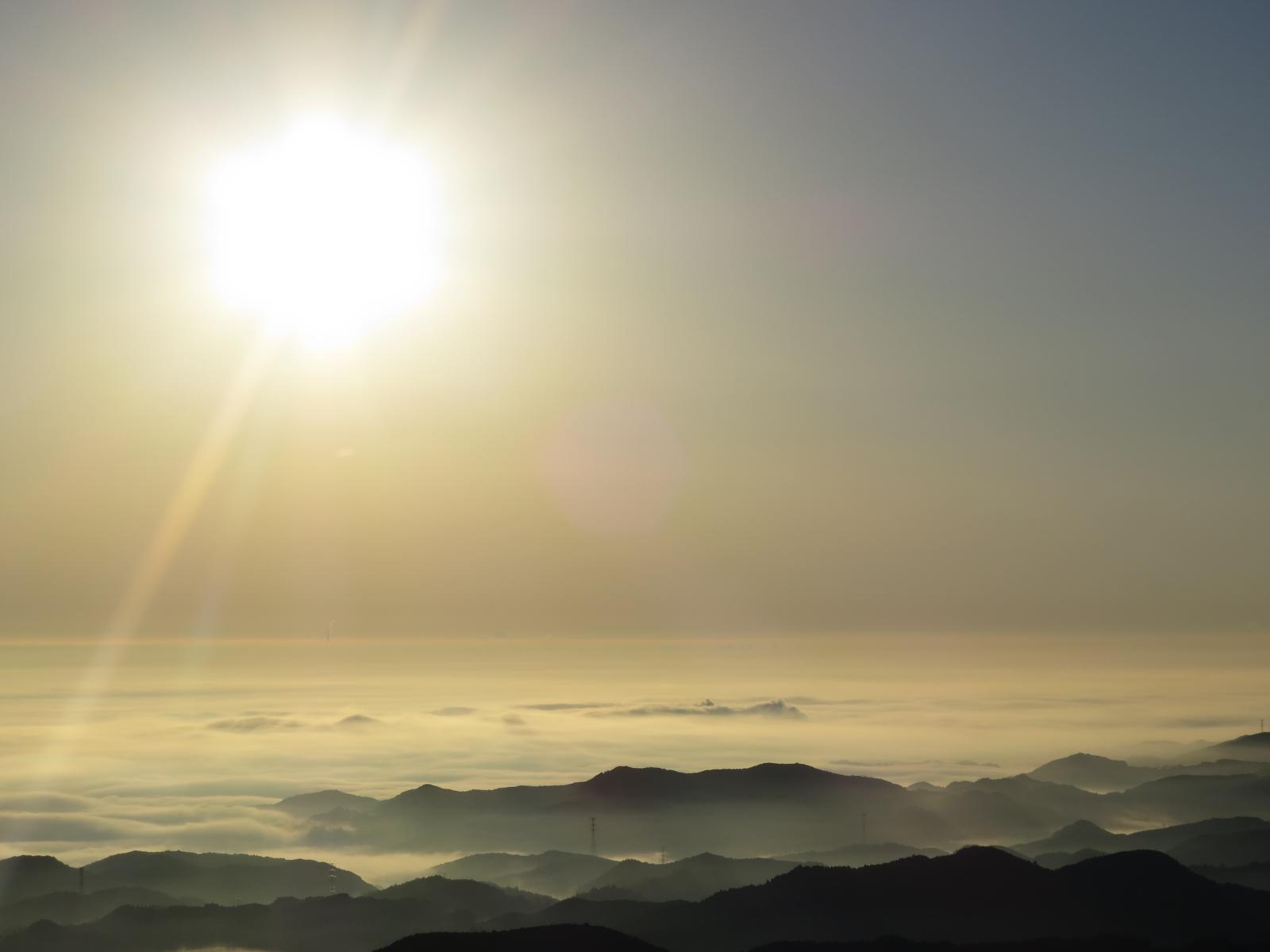 夜明け(日の出)